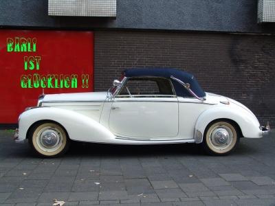Oldtimer Mercedes 220 Cabrio