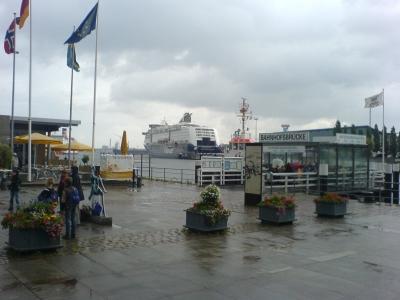 Regen am Hafen