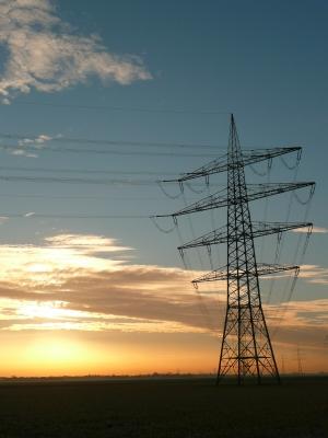 Strommast am Morgen