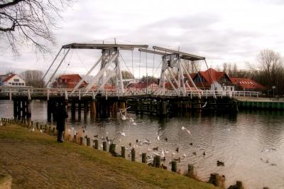 Die Klappbrücke in Wieck