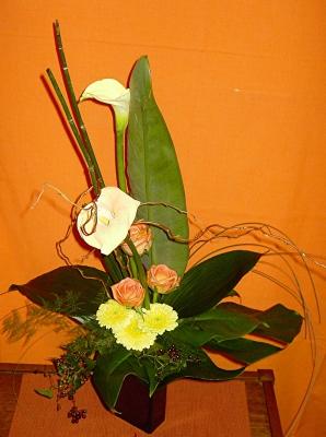 Blumen-Arrangement orange