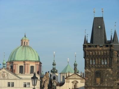 Dächer und Türme in Prag