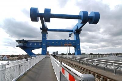 Hubbrücke über die Peene bei Wolgast