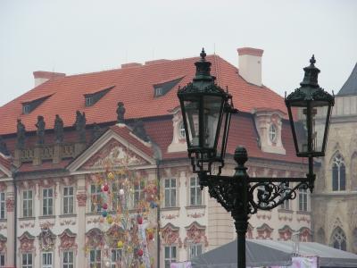 Laternen vor Palai Kinsky in Prag