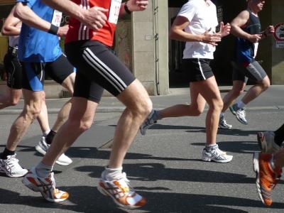 Läuferbeine beim Würzburg Marathon 2008