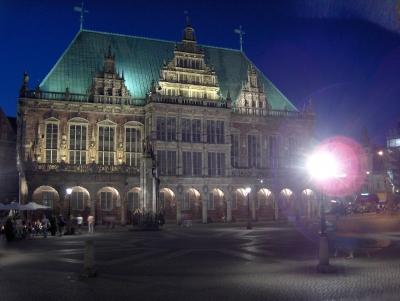 Bremer Rathaus am Abend