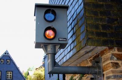 Moderne Wegelagerei oder Erhöhung der Verkehrssicherheit
