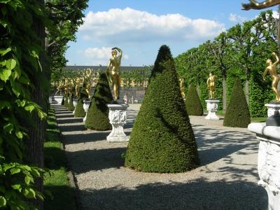Hannover-Herrenhausen: Gartentheater im Mai