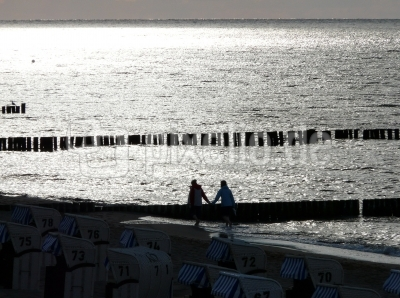 Gegenlicht am Strand 1