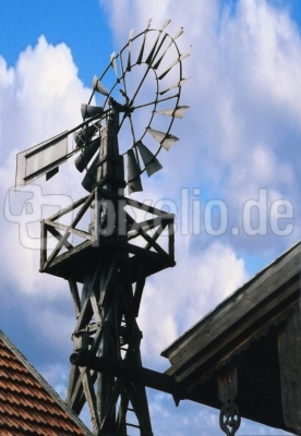 Altes deutsches Windrad 1