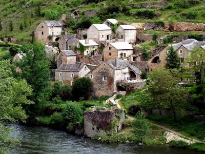 Kostenloses Foto Verlassenes Dorf In Der Gorge Du Tarnf Pixeliode