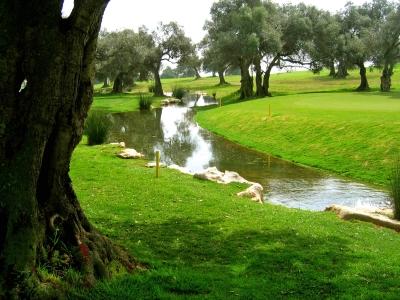 Algarve-Golf mit Wasserhindernis_2