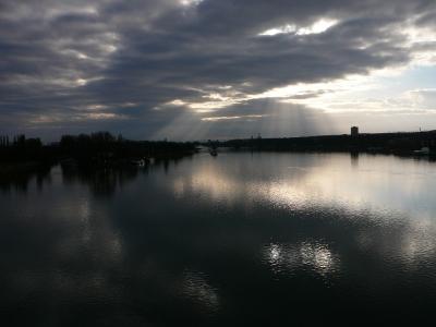 Morgens, der Rhein bei Mainz