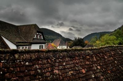 Über den Klosterdächern