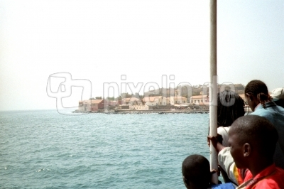 Auf der Fähre zur Ile de Gorée