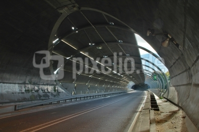 Tunnelbrücke in Stuttgart-Möhringen