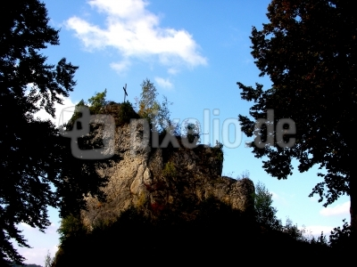 Gipfelkreuz oberhalb von Bärnfels