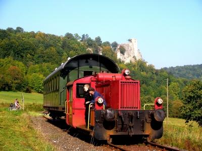 historischer Zug im Wiesenttal