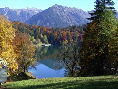 Freibergsee bei Oberstdorf im Herbst