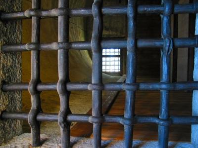 In Gefängnis