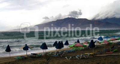 Kreta - Südküste - Strand bei Sturm