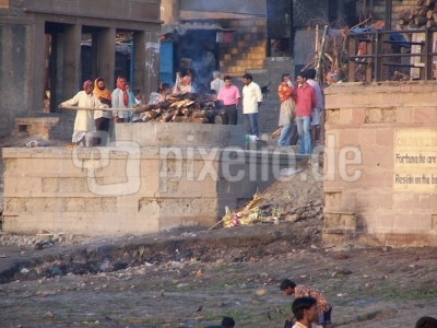 Totenverbrennung am Ganges
