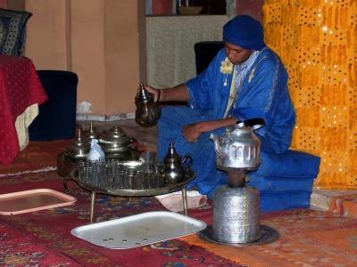Marokkanische Teezeremonie