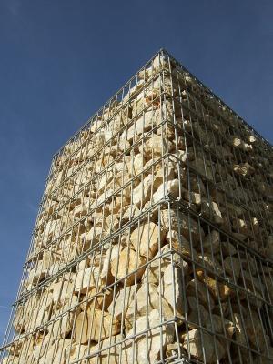 Ein Käfig voller Wackersteine