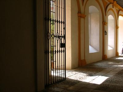 Licht- und Schattenspiel im Palazzo