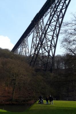Entspannen unter der Müngstener Brücke