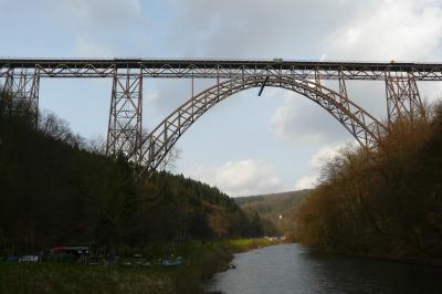 Die Müngstener Brücke zu Solingen