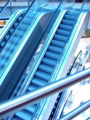 Rolltreppe in Falschfarben