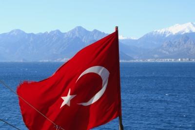 Golf von Antalya mit Taurusgebirge (Türkei)