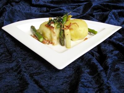 Spargelzeit: Kartoffelknödel mit Spargelfülle 2
