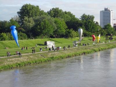 AirWorksSkulpturen - Linz Donaupark