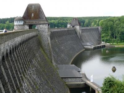 Wassernergie: Staumauer Möhnesee
