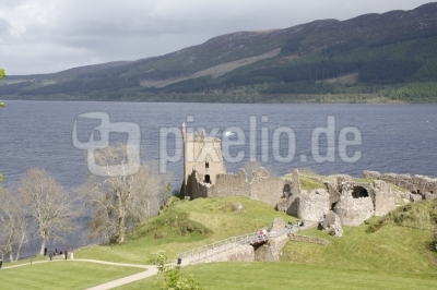 Urquart Castle, am Loch Ness gelegene Burgruine