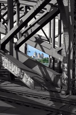 Hohenzollernbrücke Durchblick
