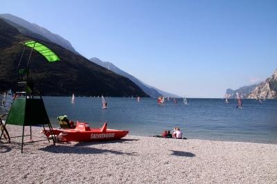 Strand bei Torbole am Lago di Garda