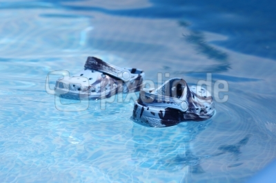 Die schwimmenden Schuhe