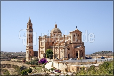 Basilika Madonna ta' Pinu