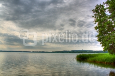 HDR - Sommermorgen am See