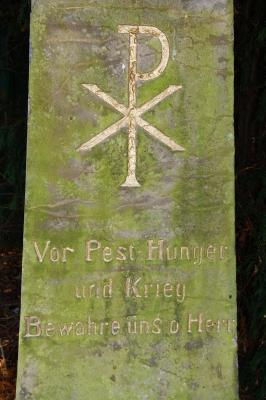 Gedenkstein bei Ringelheim