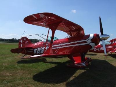 Rot-weißer-Flieger 3