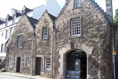 Backsteinhäuser in Edinburgh