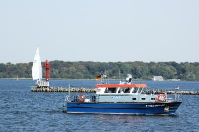 Polizeiboot im Einsatz
