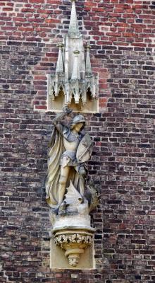 Schloss Paffendorf zu Bergheim, Fassadendetail Ritter