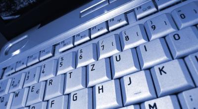 Tastatur hellblau