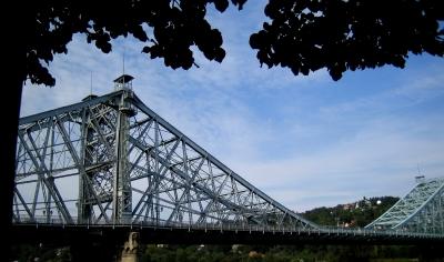 Das Blaue Wunder - Loschwitzer Brücke in Dresden