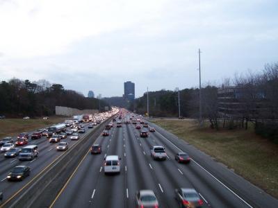 Rushhour auf der Interstate bei Atlanta
